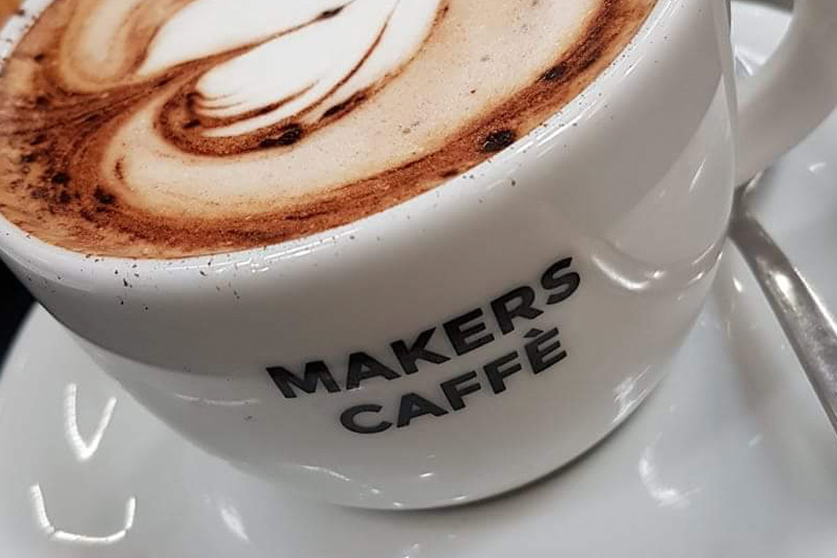 makers-caffe-cassafiscale-con-ipad